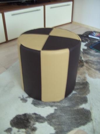 rp leder design leder fellhocker p lster. Black Bedroom Furniture Sets. Home Design Ideas